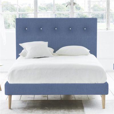 łóżko scandi ciemny niebieski juicy colors